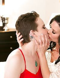 Big titted lesbians Veronica Avluv & Katie St Ives fisting & sucking tits