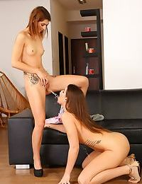 Kinky lesbians Vany Ully and Tera Link experiment with water sports