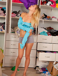 Hot teen Zoey Ryder showing off her small tits and bare feet wearing shorts
